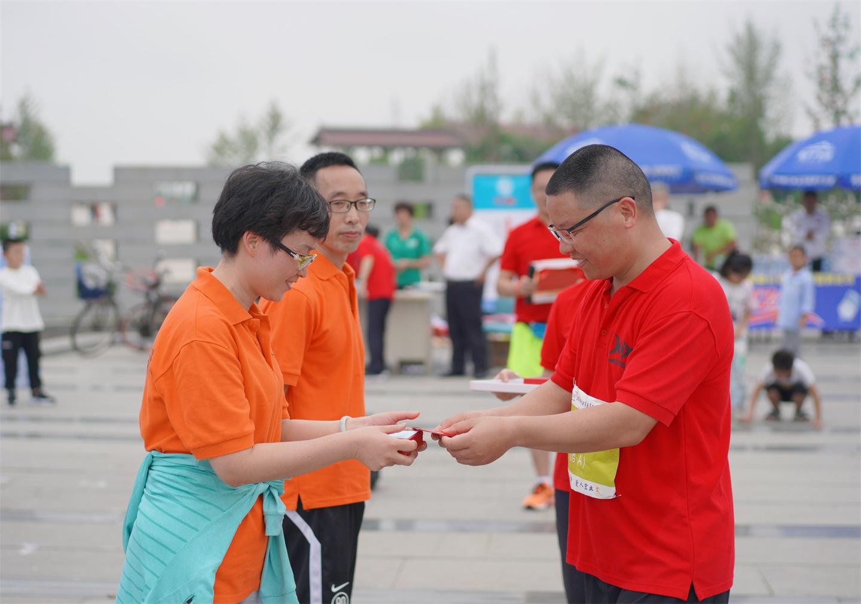 http://qiniu.cloudhong.com/image_2019-09-08_5d7510e6b241a.JPG
